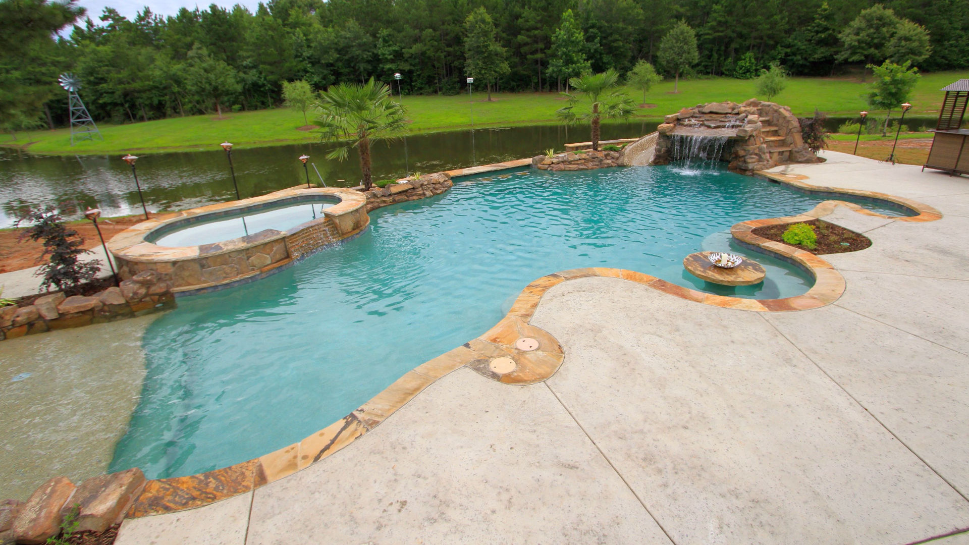 Find The Best Pool Companies