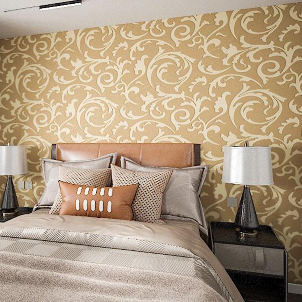 The wood wallpaper (houtbehang) offers multiple uses