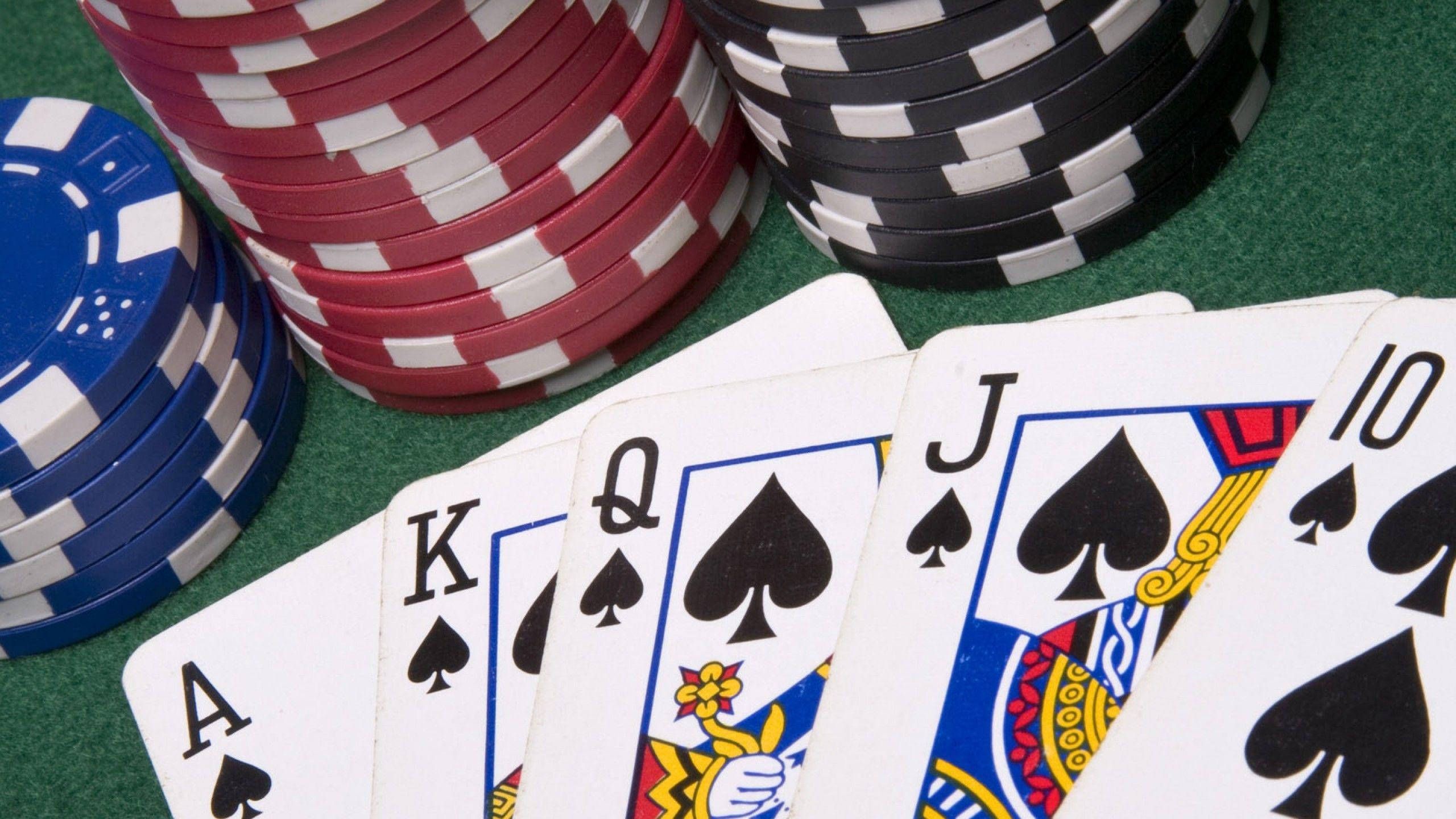The Bandar ceme Method of Taking part in Poker on the internet