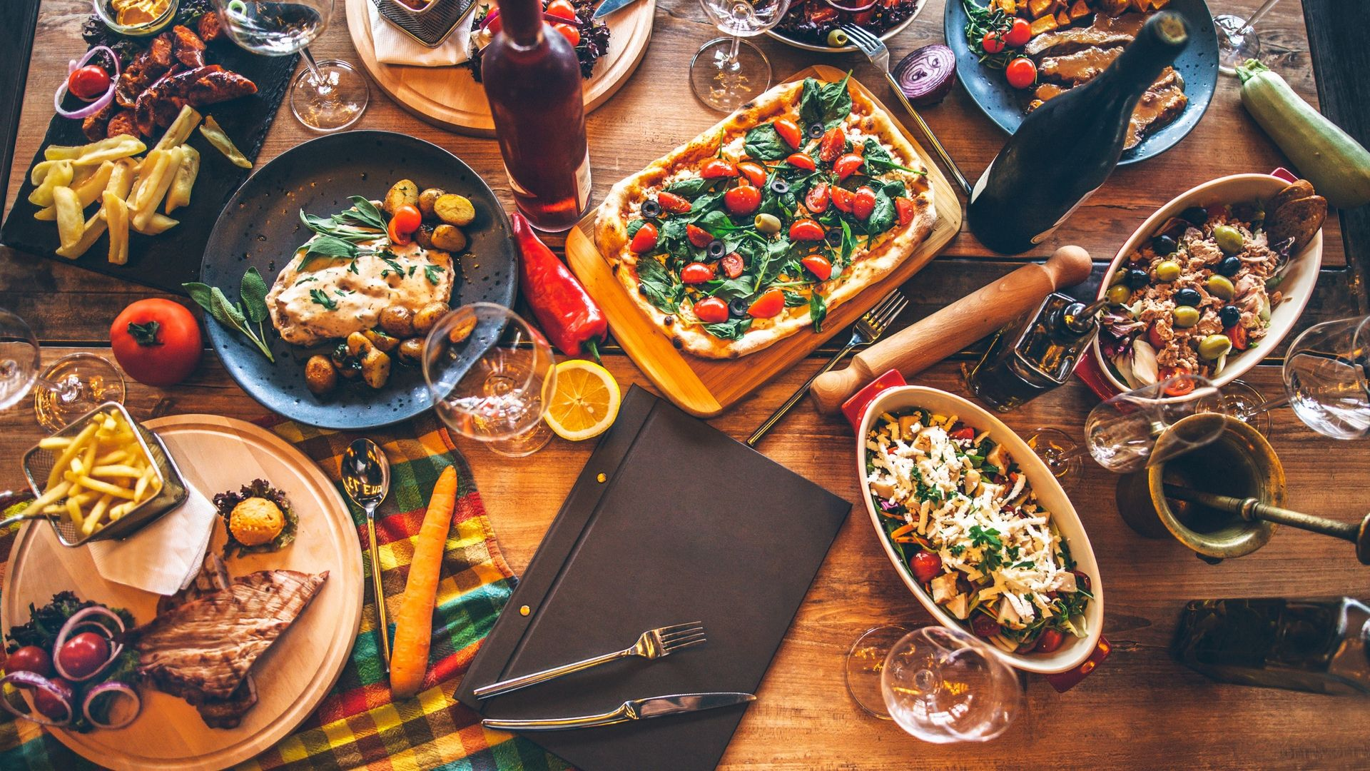 Ways To Choose The Best Party Catering Sydney Services