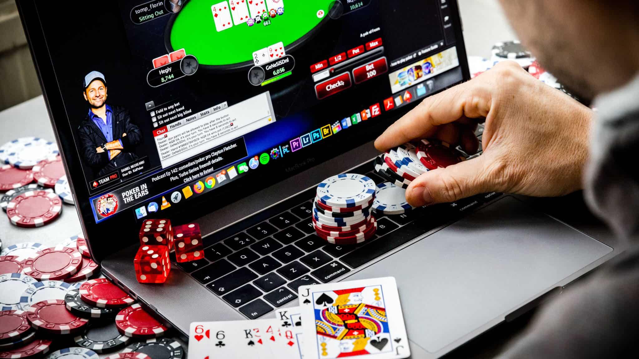 Get Regular Discounts On Online Gambling Site