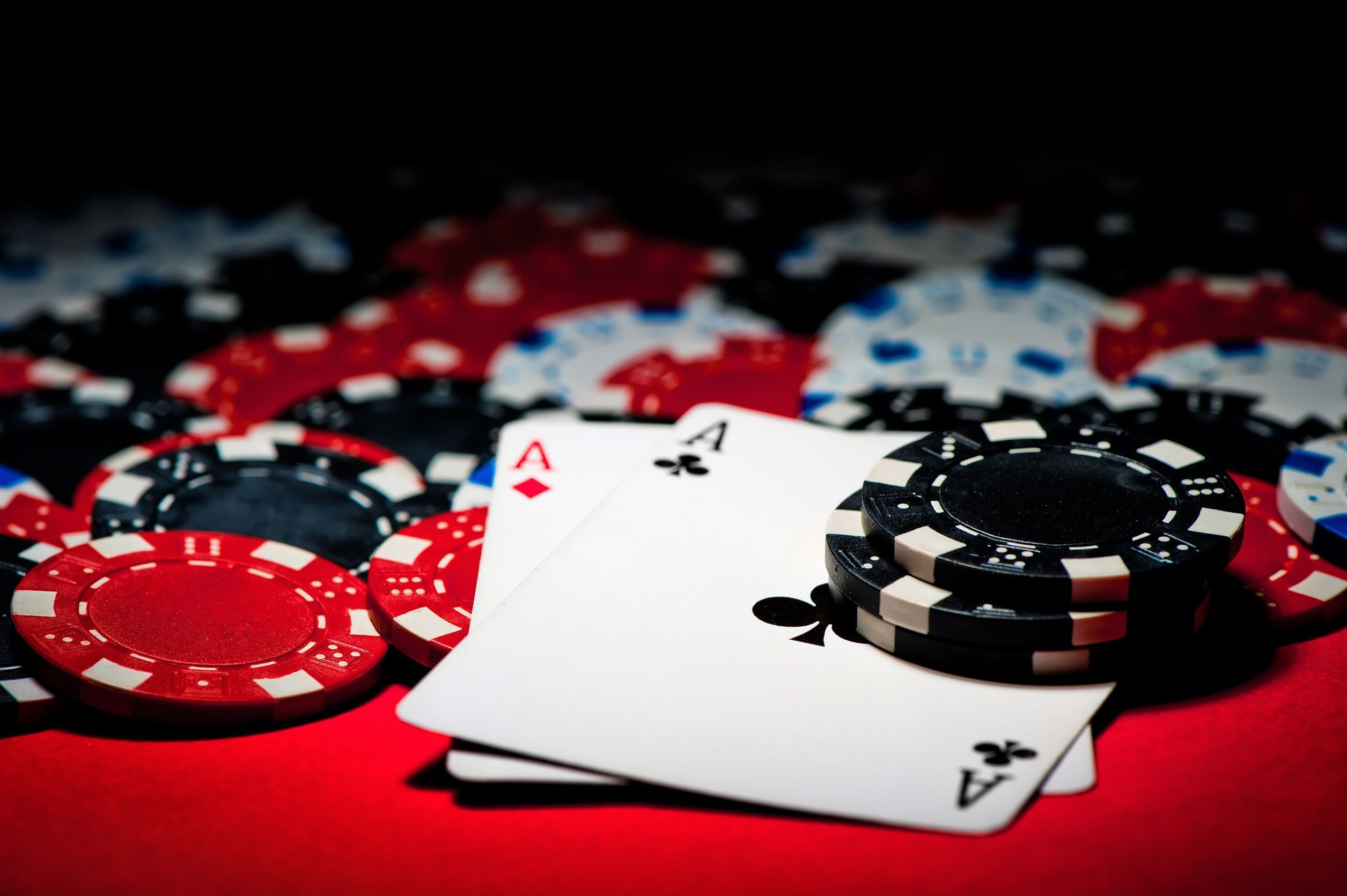 Tips to should followed to become an expert in poker games
