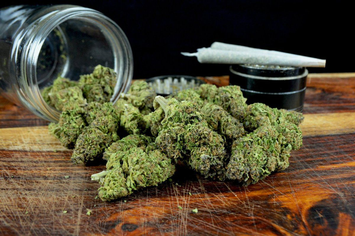 Benefits of purchasing weed online